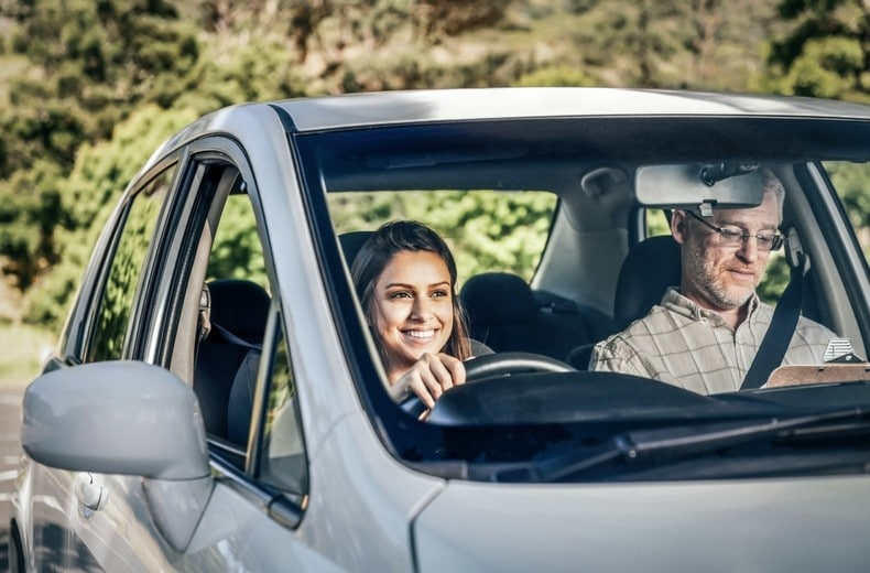 Taking automatic driving lessons near where you live